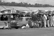 640004 - Ian (Pete) & Leo Geoghegan, Cortina MK1 GT -  Armstrong 500 Bathurst 1964 - Photographer Bruce Wells