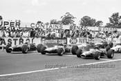 670002 - The Start of the 1967 AGP, Warwick Farm Tasman Series - J. Stewart, BRM / J. Clark, Lotus 33 / G. Hill, Lotus 48 Cosworth FVA  - Photographer Bruce Wells