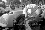 56511 - O. Bailey Lago Talbot - Albert Park 1956 -  Photographer Peter D'Abbs