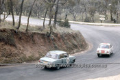 66759  - B. Drake / D. James & G. Reynolds / B. Ferguson, Isuzu Bellett - Gallaher 500  Bathurst 1966 - Photographer Geoff Arthur