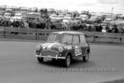 64779 - Peter Cray & Phil Barnes, Morris 850 - Bathurst 1964
