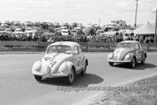 64776 - David Walker & Brian Milton, Frank Hann & George Forrest, VW1200 - Bathurst 1964