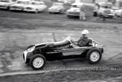 59528 - Tony Osborne, Cooper - Templestowe 1959 - Photographer Peter D'Abbs
