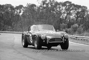 65483 - Ron Thorp, AC Cobra V8 - Warwick Farm 1965 - Photographer  Bruce Wells