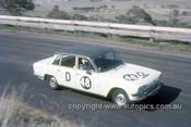 67773 - Bob Young / Bob Sorrenson Triumph 2000  - Gallaher 500 Bathurst 1967 - Photographer Geoff Arthur