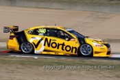 13735 - J. Moffat / T. Douglas   Nissan Altima - Bathurst 1000 - 2013 - Photographer Craig Clifford