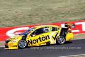 13736 - J. Moffat / T. Douglas   Nissan Altima - Bathurst 1000 - 2013 - Photographer Craig Clifford