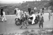 52507 - Les Wheeler, MGTC - Bathurst Easter Meeting 1952 - Photographer John Ryan