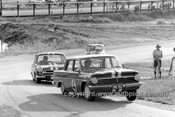 64116 - Norm Beechey, Holden EH S4, Jim McKeown, Lotus Cortina & Peter Manton, Morris Cooper S - Lakeside 1964