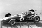 66620 - Jack Brabham Repco Brabham BT19 - Longford 1966