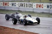 66628 - Dennis Marwood, Cooper & Graham Hill BRM P261 -  Tasman Series,  Lakeside 1966