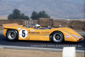 68489 - Denny Hulme, McLaren M8A - Anne Blackwood Collection