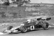 76512 - Mal Brewster, Rennmax BN2  - Amaroo 1976 -  Photographer Lance  Ruting.