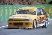 94785  - Tony Longhurst / Charlie O'Brien  Commodore   VP  - Tooheys 1000 Bathurst 1994 - Photographer Marshall Cass