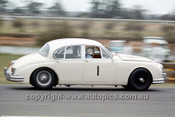 64083 -  Bob Jane, Jaguar - 1964 Warick Farm