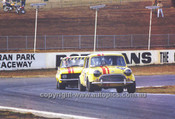 710001 - Peter Manton, Morris Cooper S & Dick Johnson, Torana - Oran Park 1971