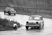64129 - Alan S Jones, Morris 850 & Gavin Baillieu, Morris Cooper S  - Hume Weir 20th September 1964 - Photographer Bruce Wells