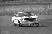65086 - Bob Jane, Mustang - 14th April 1965 - Bathurst