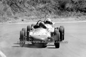 69615 - B. Berry, Elfin  Vee  - Bathurst 7th April 1969
