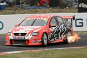 207720 - Todd Kelly / Mark Skaife - Holden Commodore VE - Bathurst 2007 - Photographer Marshall Cass