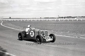 69210 - Rod Murphy, MG Q - 4th May 1969  Sandown  - Photographer Peter D'Abbs