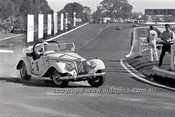 69215 - Ranold Maclurkin, MG TF - 4th May 1969  Sandown  - Photographer Peter D'Abbs