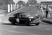 69216 - Andrew Rennie, MG B - 4th May 1969  Sandown  - Photographer Peter D'Abbs
