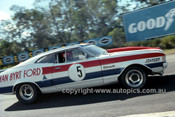 76084 - Dick Johnson, Falcon XA GT Sports Sedan - Lakeside 1976 - Photographer Martin Domeracki