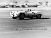 62560 - Doug Chivas, D Type Jaguar, Lowood 1962