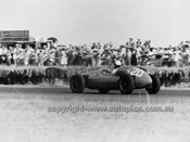 60523 - Glyn Scott, Cooper T43 / Climax FPF 1.7L - Australian Grand Prix, Lowood 1960