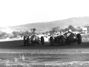 60521 - Alec Mildren, Cooper T51 / Maserati 2.5L & Lex Davison, Aston Martin DBR4/300- Australian Grand Prix, Lowood 1960
