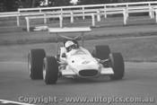 Kevin Bartlett - Brabham Alfa V8  -  Tasman Series 1969 - Warwick Farm