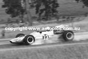 Len Goodwin - McLaren M4A  -  Oran Park 1970