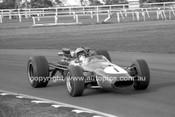 69335 - B. Page, Brabham Repco V8 - Warwick Farm 1969 - Photographer Lance J Ruting.