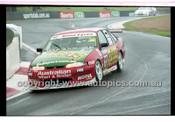 FIA 1000 Bathurst 19th November 2000 - Photographer Marshall Cass - Code 00-MC-B00-092