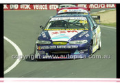 Bathurst 1000, 2001 - Photographer Marshall Cass - Code 01-MC-B01-029