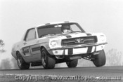 69002  -  Ian  Pete  Geoghegan  -  Mustang  Oran Park  1969 - Photographer David Blanch