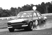 70022  -  G. Ritter  -  Ford Escort T/C - Warwick Farm 1970 - Photographer David Blanch