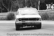70058  -  Robert Inglis  -  Lotus Ford Cortina T/C - Warwick Farm 1970 - Photographer David Blanch