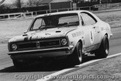 70068  -  Norm Beechey  -  Holden Monaro 350  Warwick Farm  1970 - Photographer David Blanch