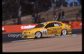 Bathurst 1000, 2002 - Photographer Marshall Cass - Code 02-B02-017