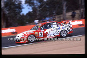Bathurst 1000, 2002 - Photographer Marshall Cass - Code 02-B02-045