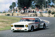 76002  -   Ian  Pete  Geoghegan   - Holden  Monaro - Amaroo 1976 - Photographer Lance J Ruting