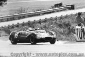 64402  -  B. Stillwell  -  Cooper Monaco Buick - Warwick Farm 1964 - Photographer Lance Ruting