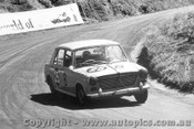67706  -   Richardson / Whiteman  -  Bathurst 1967 - Morris 1100S