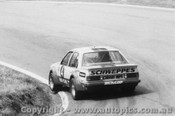 80704  -  P. Janson / L. Perkins    Bathurst 1980  2nd Outright  Holden Commodore VC