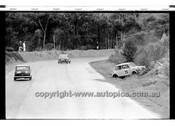Jeff Leighton Morris Cooper S - Amaroo Park 13th September 1970 - 70-AM13970-017