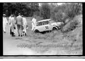 Jeff leighton Morris Cooper S - Amaroo Park 13th September 1970 - 70-AM13970-022