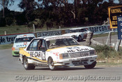 81708  -  R. Wanless / R. Radburn   Bathurst 1981  Holden Commodore