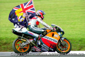 98301  -  Mick Doohan  -  Winning his 5th World Championship at Phillip Island - October 1998 - Photographer David Blanch